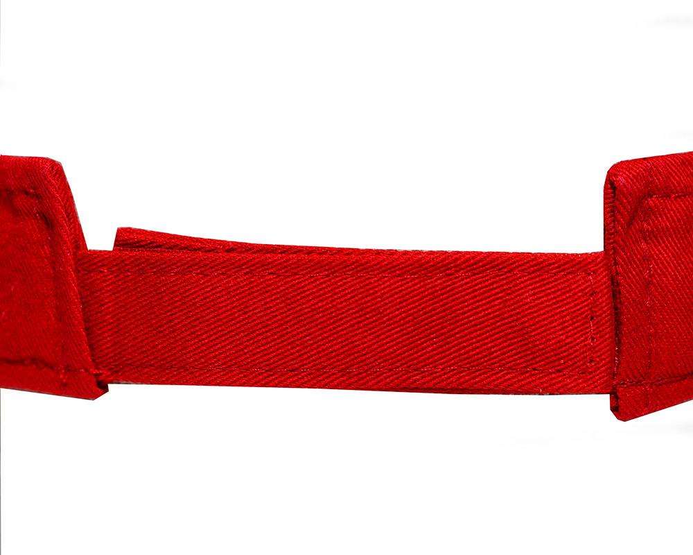 Red colored Visor back closure